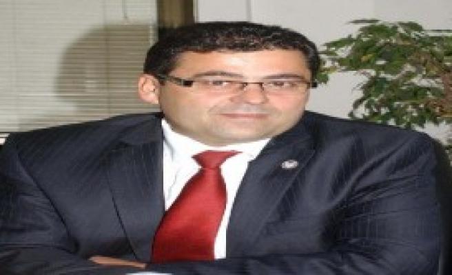 Dündar Ve Gül'ün Tutuklanmasına Eleştiri