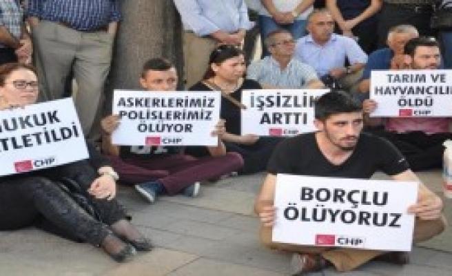 Denizli'de, CHP'lilerden 'farkında Mısınız' Eylemi