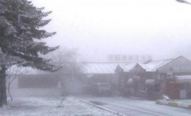 Dereköy'de Kar Yağışı