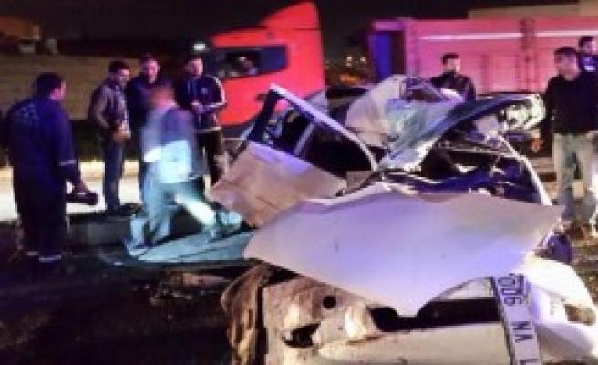 Dilovası'ndaki Zincirleme Kazada 10 Kişi Yaralandı
