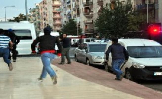 Diyarbakır'da Polis Müdahalesi