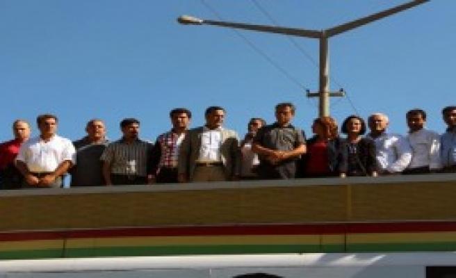 Diyarbakır'da, Kobani'ye Destek Yürüyüşü