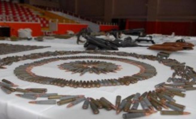 Diyarbakır'da PKK Cephaneliği