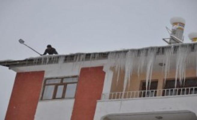 Doğu'da Dondurucu Soğuklar