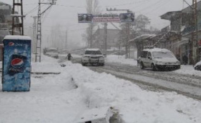 Kar Hayatı Durma Noktasına Getirdi