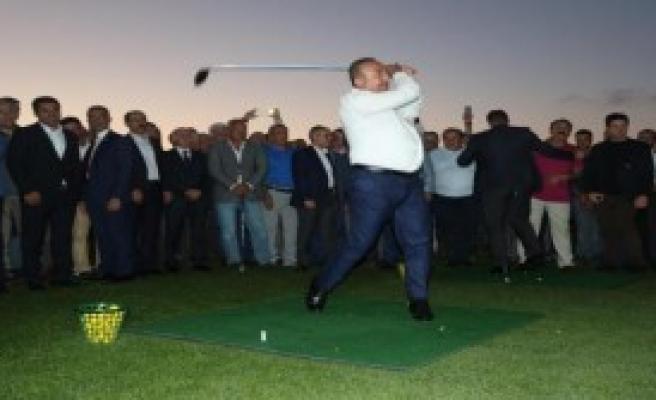 Golf Sahasına İki Bakanlı Açılış