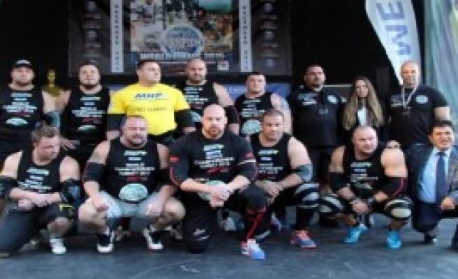 Dünyanın En Güçlü Adamları Kemer'de Yarışıyor