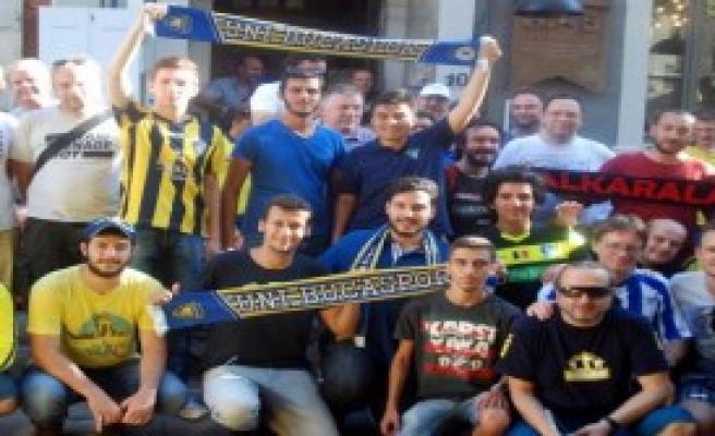 Dünyanın Taraftarı İzmir'de Buluştu