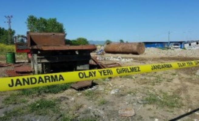 Düzce'de Hurda Yakıt Tankı Patladı: 1 Ölü