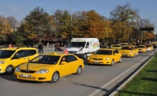 Düzce'de Taksicinin Öldürülmesine Tepki