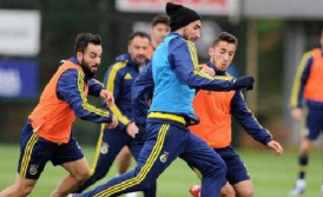 Fenerbahçe'de Gaziantep Maçı Hazırlıkları Sürdü