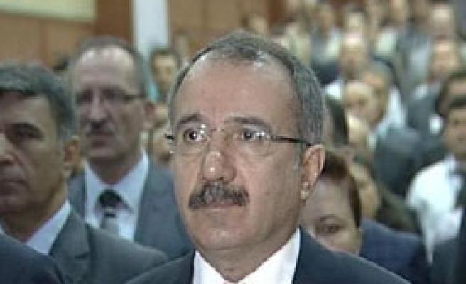 Bakan Dinçer'den Süt Eleştrisi