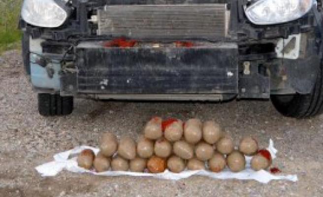 15 Kilo Uyuşturucu ile Yakalandılar