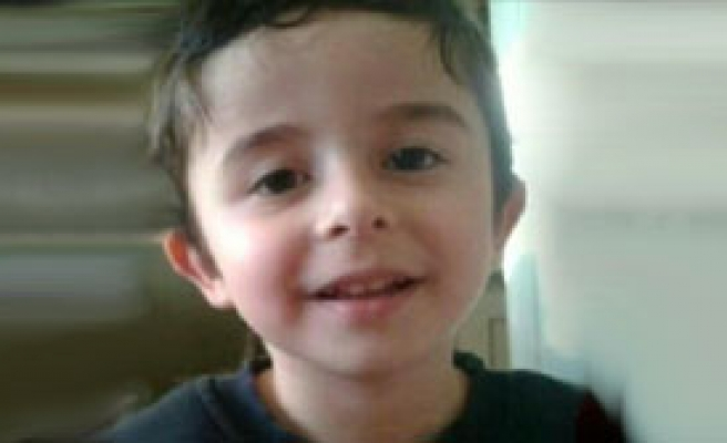 4 Yaşındaki Ömer Hayatını Kaybetti