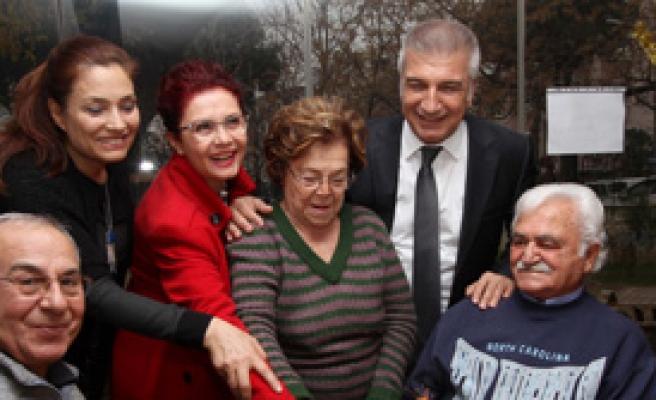 Karşıyaka'da Yeni Yıl Coşkusu