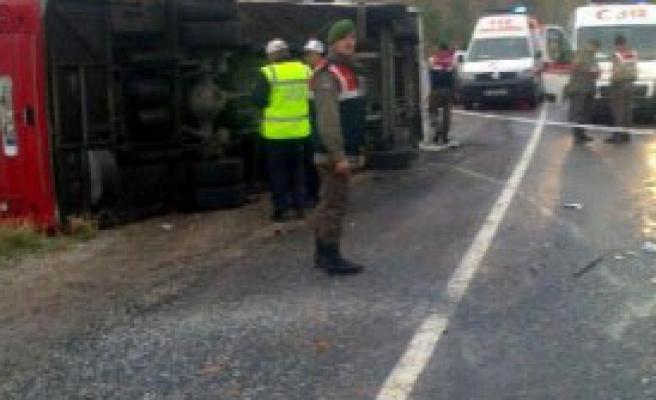 Taziye Dönüşü Kaza: 1 Ölü, 10 Yaralı