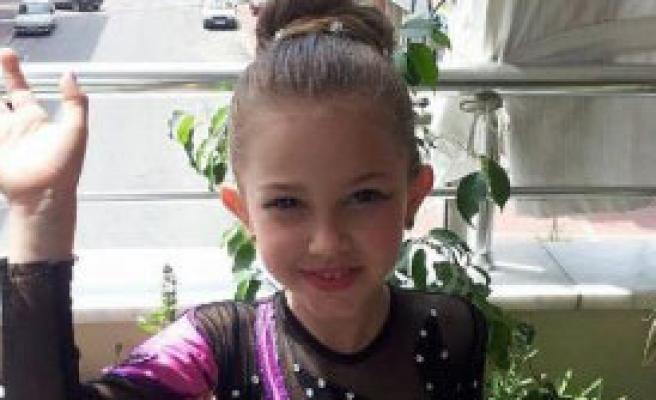 7 Yaşındaki Melike'yi, 8 Yaşındaki Ağabeyi Vurdu