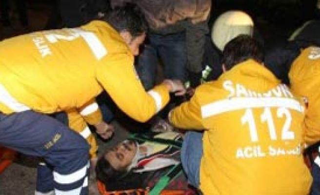 İnanılmaz Kaza: 12 Yaralı