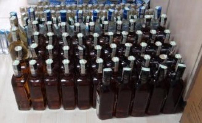 Edirne'de 169 Şişe Kaçak İçki Ele Geçirildi
