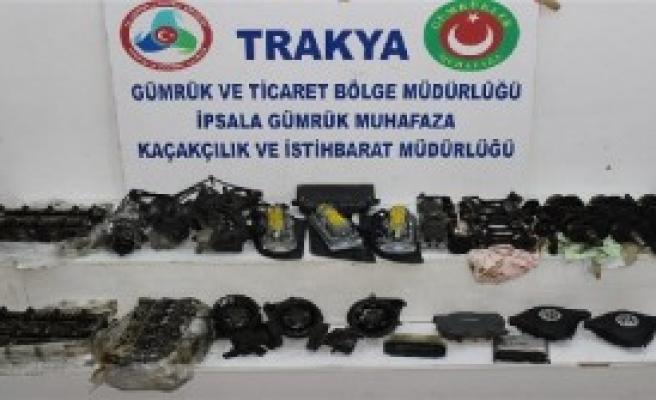 Edirne'de 3 Operasyonda 114 Oto Yedek Parçası Ele Geçirildi