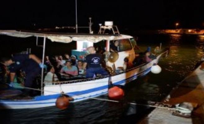 Ege Denizi'nde 180 Kaçak Kurtarıldı