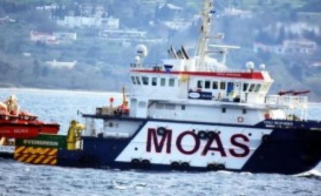 Ege'de Mülteci Geçişleri Sürüyor