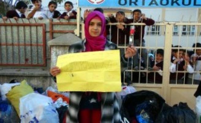 Elazığlı Öğrencilerin Öğretmenler Günü Hediyeleri Türkmenlere