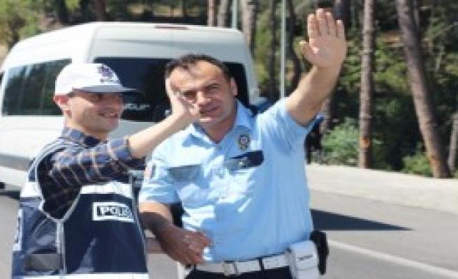 Engelliler 1 Günlük Polis Oldu