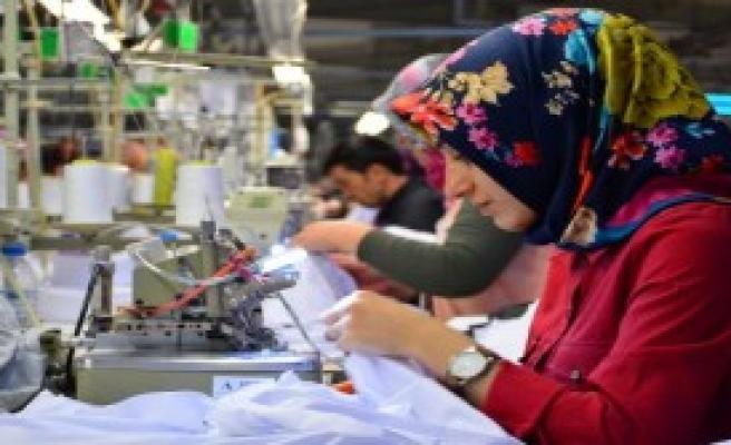 Fabrikalar Çalıştıracak İşçi Bulmakta Zorlanıyor