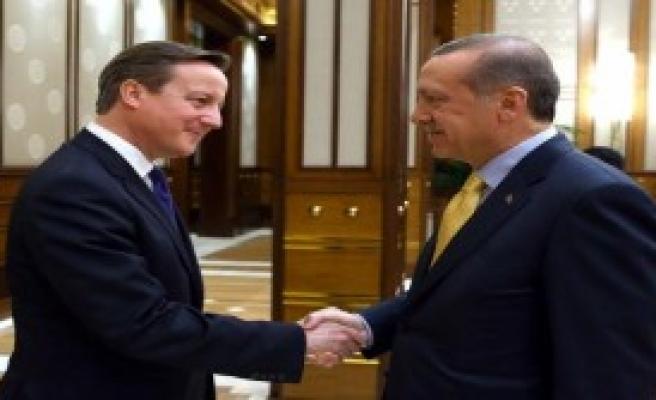 Erdoğan, İngiltere Başbakanı Cameron'u Kabul Etti