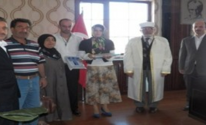 Ermenistan Uyruklu Ani Müslüman Oldu