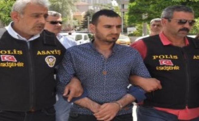 Eşini Öldürüp, Sevgilisini Yaralayan Kocaya 34.5 Yıl Hapis