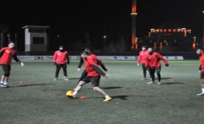 Eskişehirspor'un Hazırlıkları Antalya'da Başladı