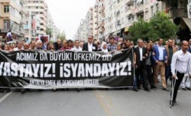 Eylemcileri Polis Değil, Eylemciler Aradı