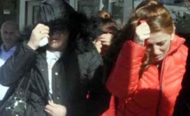 Yabancı Uyruklu Kadınlar Yakalandı