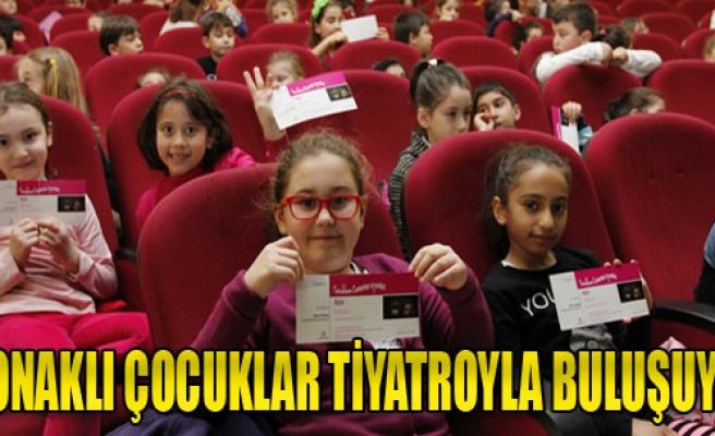 Çocuklar AVM'ye Değil Tiyatroya Gidiyor