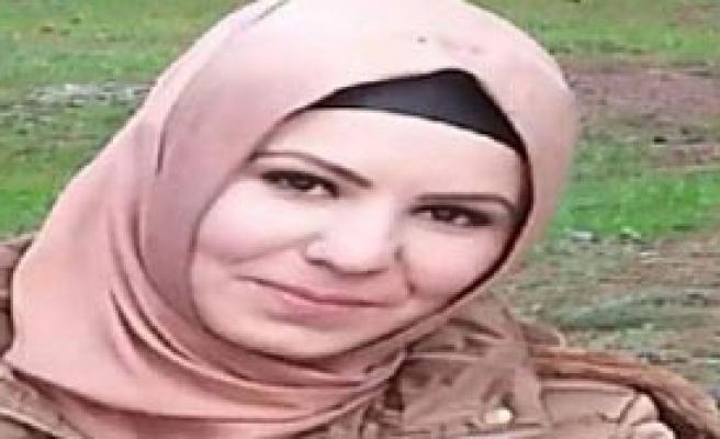 Kocası Tarafından Okulda Bıçaklandı
