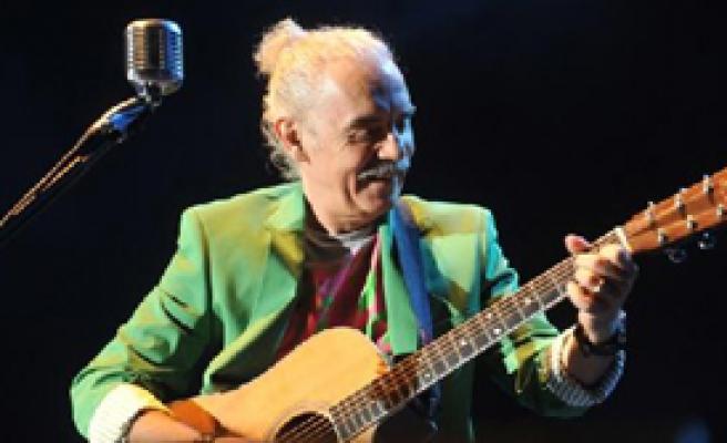 Yeni Türkü'den Unutulmaz Konser