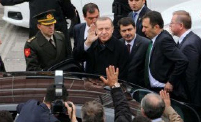 Erdoğan Cuma Namazını Gannuşi İle Kıldı