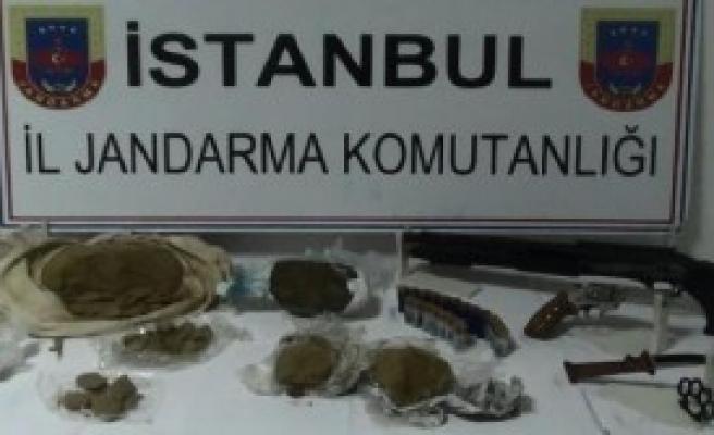Fatih'te Uyuşturucu Baskını