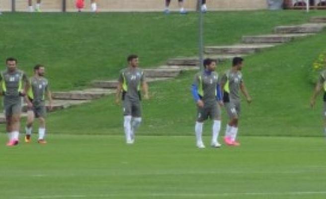 Fenerbahçe İlk Hazırlık Maçını Yaptı