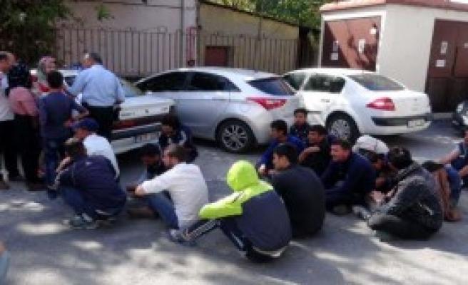 Feribottaki Minibüslerde 109 Kaçak Yakalandı