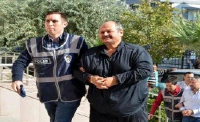 Gülen'in Yeğeninin Eşi Mehmet Türk Adliyede