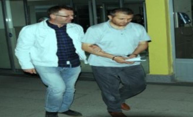 'Avukatların İmamı' ve Eşi Tutuklandı