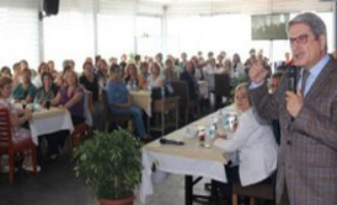 CHP Adayları Kadın Kolları Üyeleri İle Buluştu