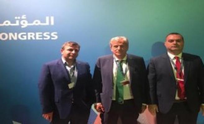 FIFA'dan Şenes Erzik'e Ödül