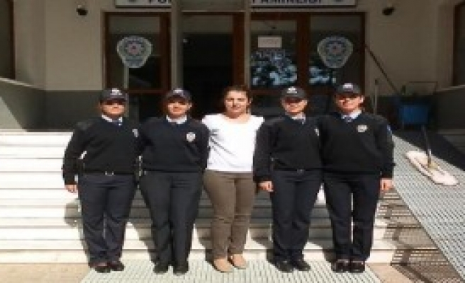 Foça'ya Kadın İlçe Emniyet Müdürü