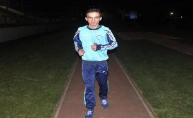 Futbolcuya Küfür Ettiği İddia Edilen Hakeme Ceza