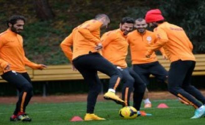 Galatasaray, Trabzonspor Maçının Hazırlıklarını Sürdürdü