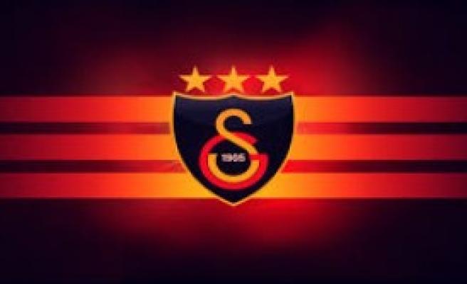 Galatasaray Yeni Transferlerini Borsaya Bildirdi